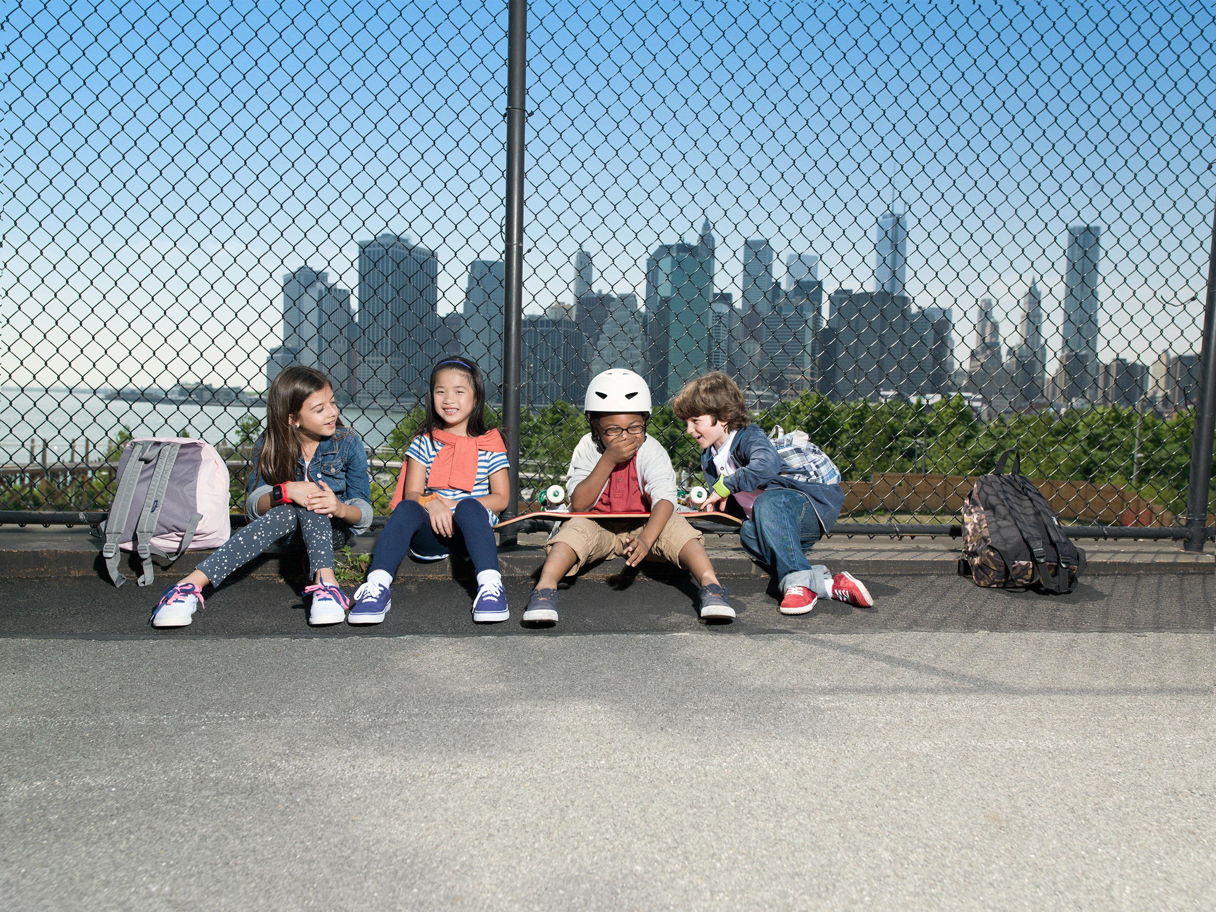 Kids_skylineV2_sRGB_pink